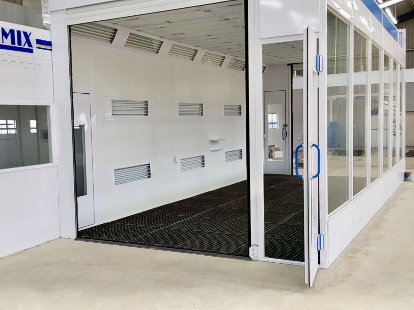 Roller doors allow extra wide opening for easy entry